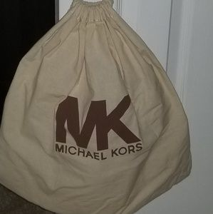 Michael Kors Bags - Michael Kors Black Leather Handbag